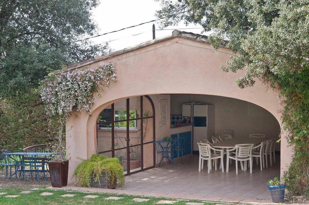 Maison à vendre 15 400m2 à Le Beausset vignette-3