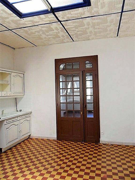 Maison à louer 4 104m2 à Roquefort vignette-7