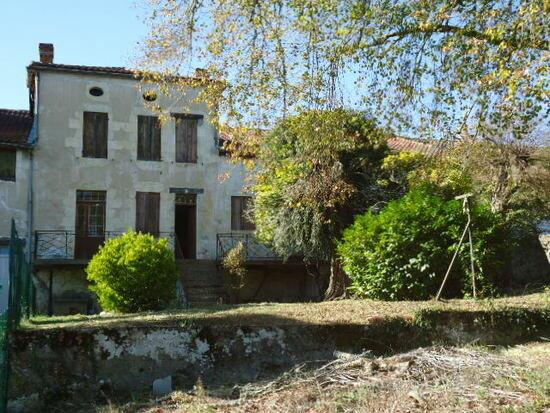 Maison à vendre 12 264m2 à Roquefort vignette-1