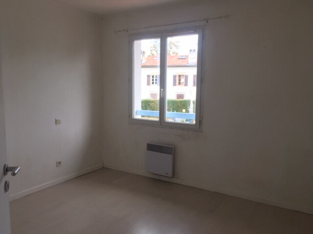 Maison à louer 4 87m2 à Bayonne vignette-3