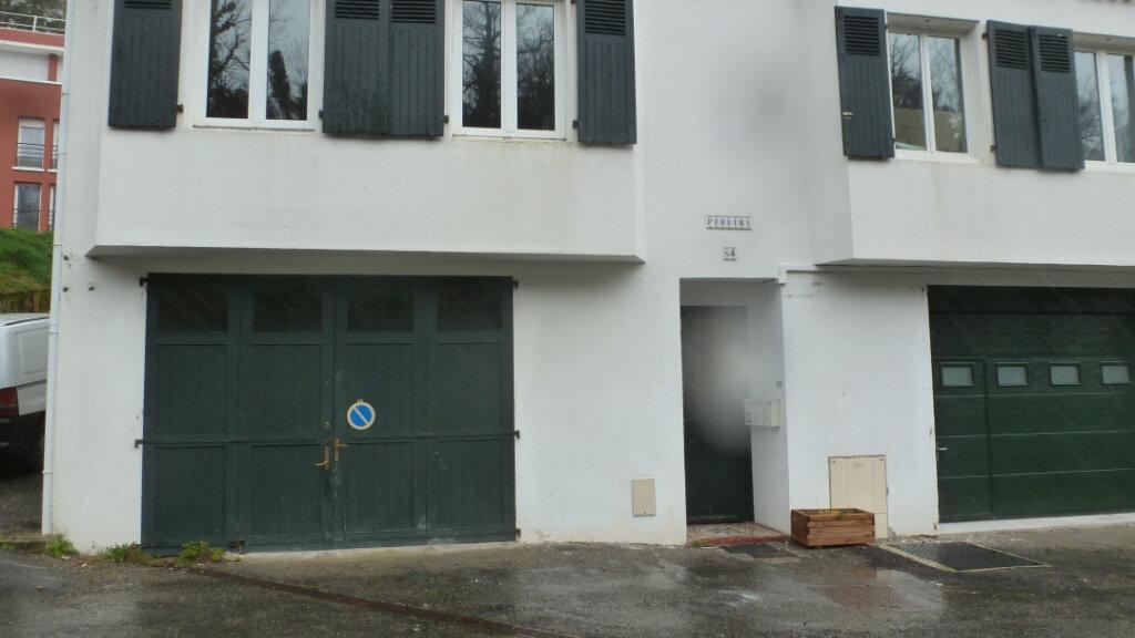 Stationnement à louer 0 52m2 à Bayonne vignette-2