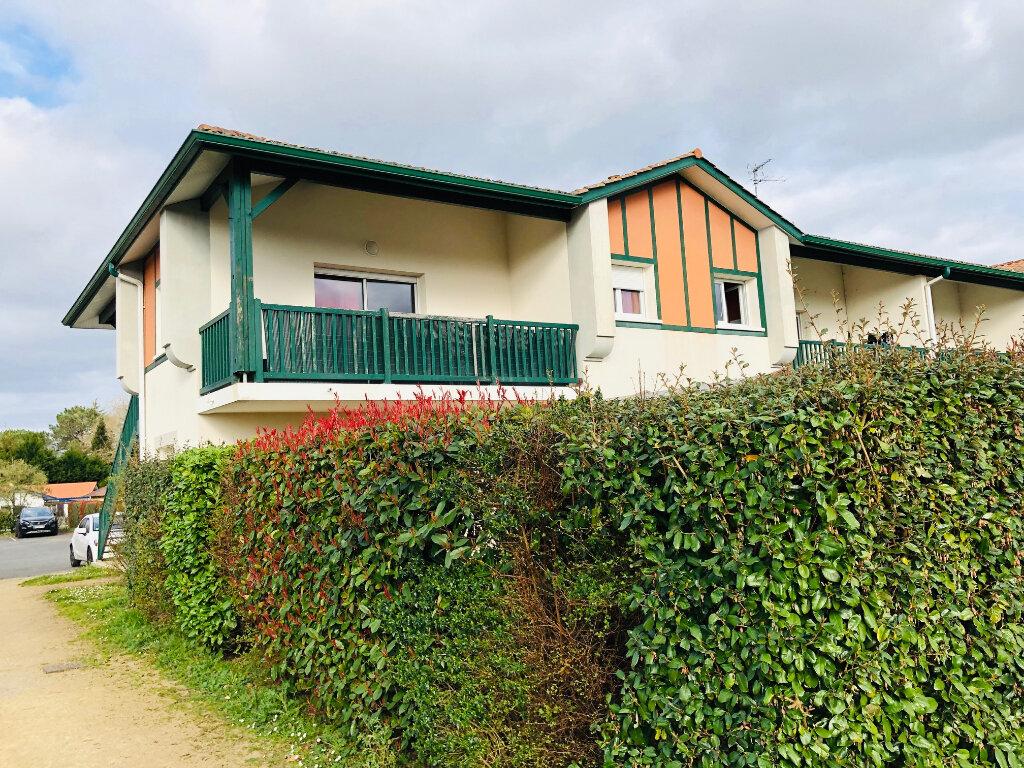 Appartement à louer 3 61m2 à Saint-Martin-de-Hinx vignette-1