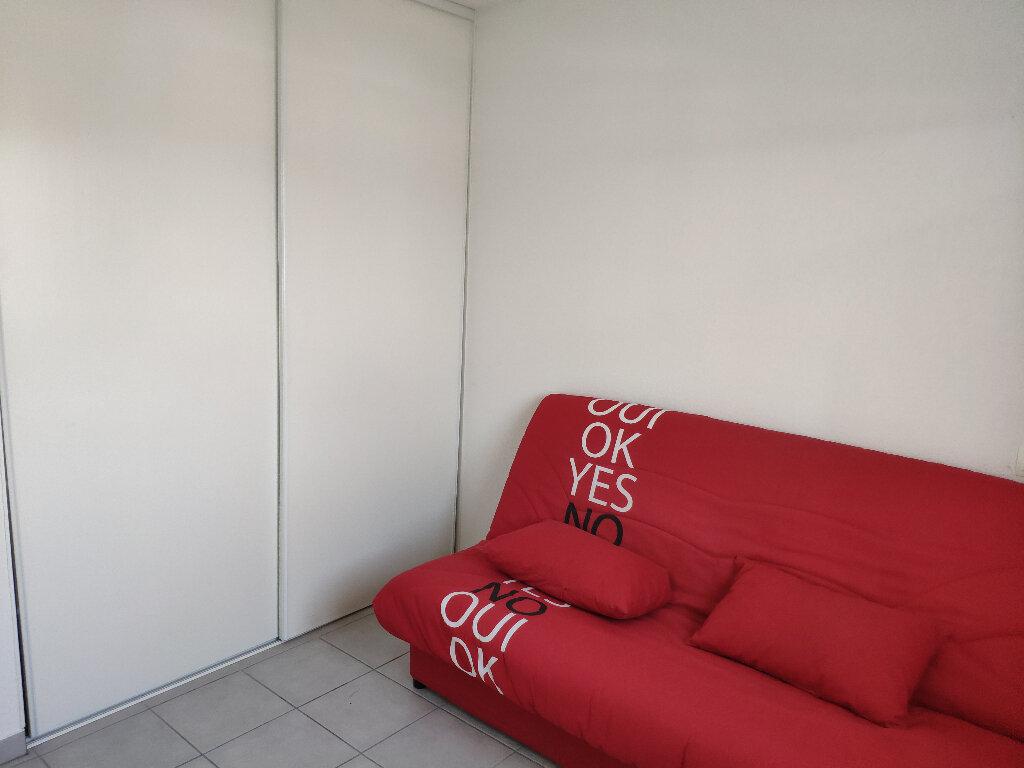 Appartement à louer 3 61m2 à Saint-Martin-de-Hinx vignette-6