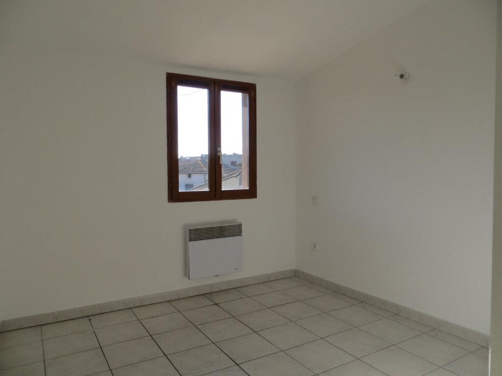 Appartement à louer 3 56m2 à Olonzac vignette-4