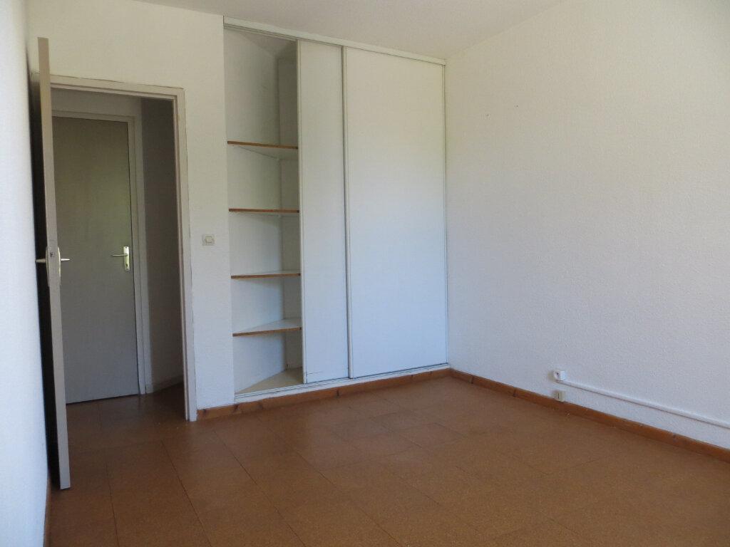 Appartement à louer 3 56m2 à Ornaisons vignette-6