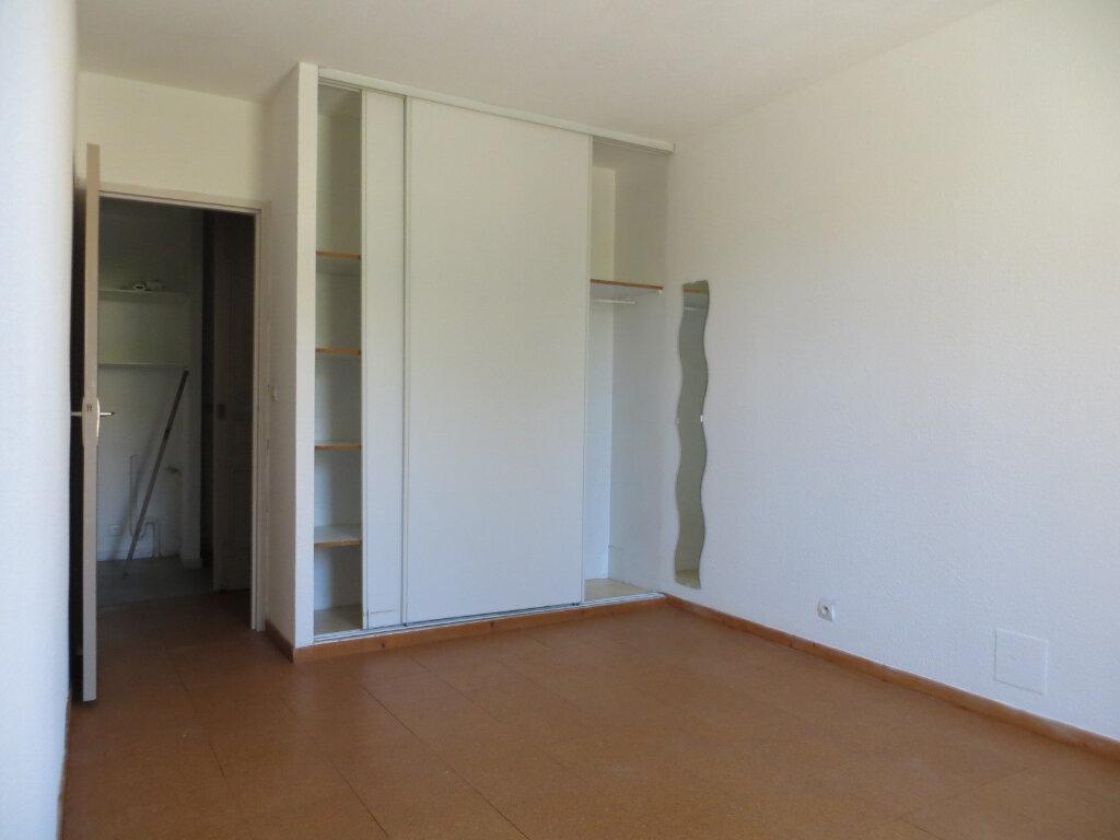 Appartement à louer 3 56m2 à Ornaisons vignette-7