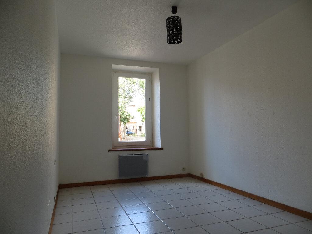 Appartement à louer 3 60m2 à Ornaisons vignette-5