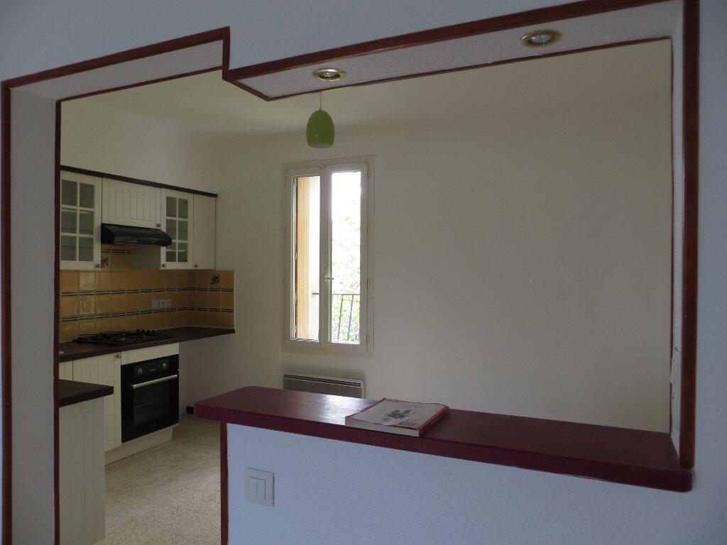 Maison à louer 4 78m2 à Homps vignette-1