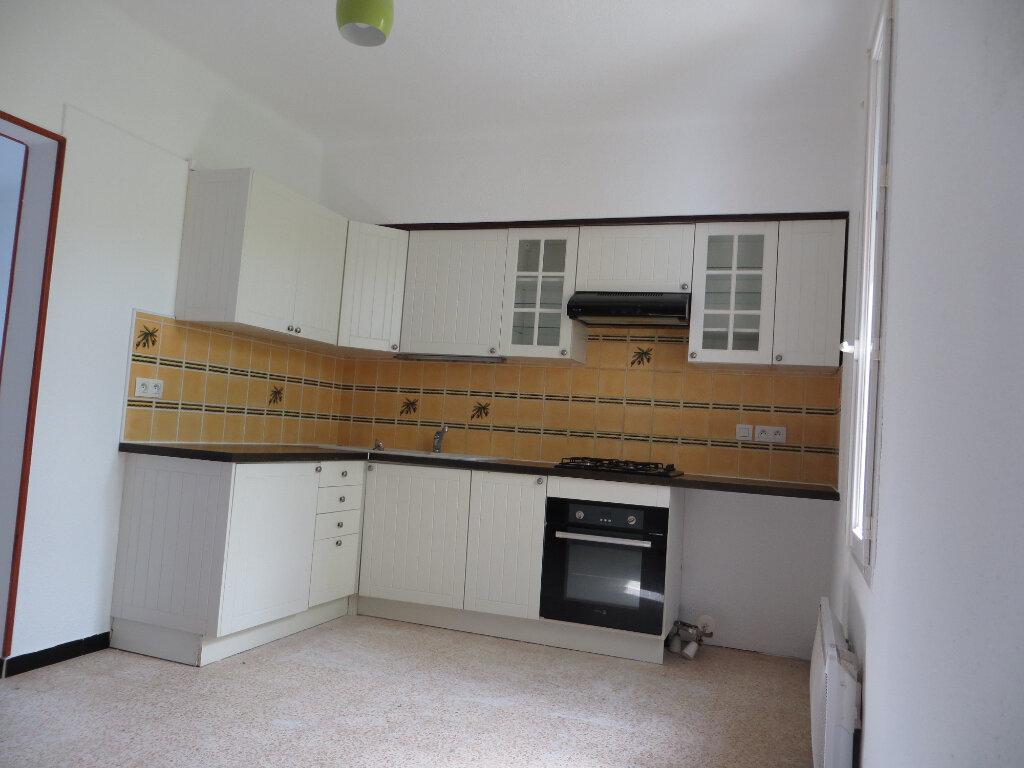 Maison à louer 4 78m2 à Homps vignette-2