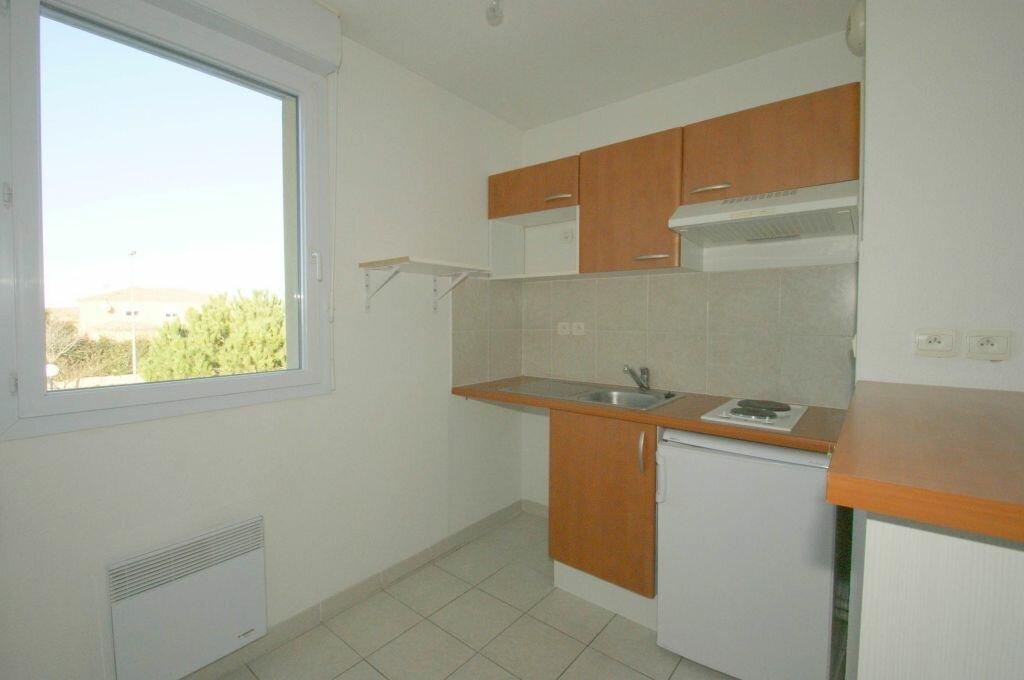 Appartement à louer 2 35.41m2 à Béziers vignette-1