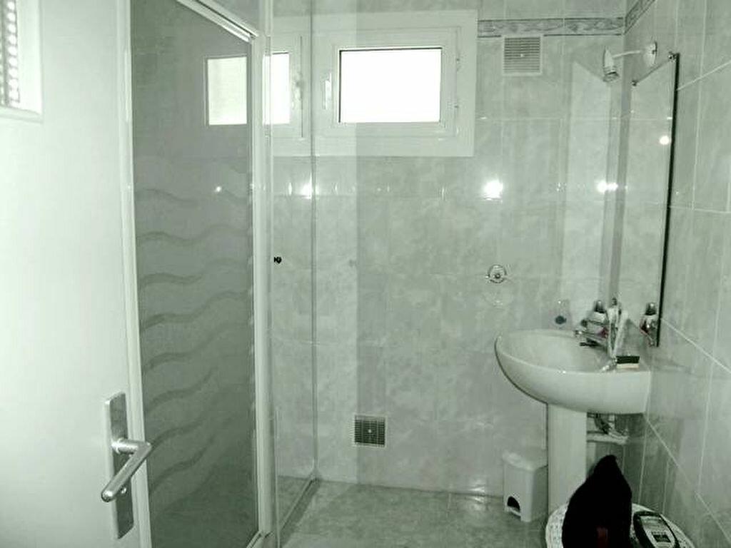 Appartement à louer 1 41m2 à Béziers vignette-5