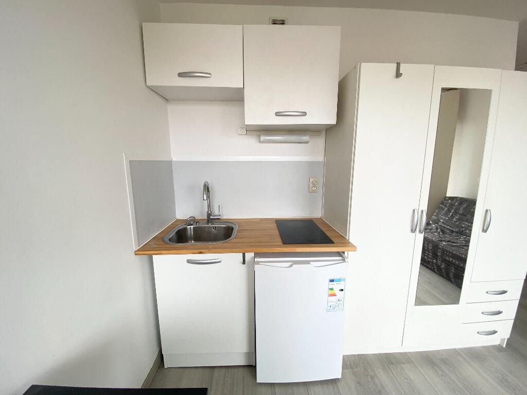 Appartement à louer 1 16m2 à Montpellier vignette-4