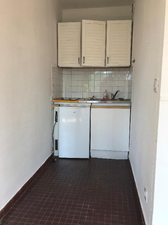 Appartement à louer 1 21m2 à Montpellier vignette-3