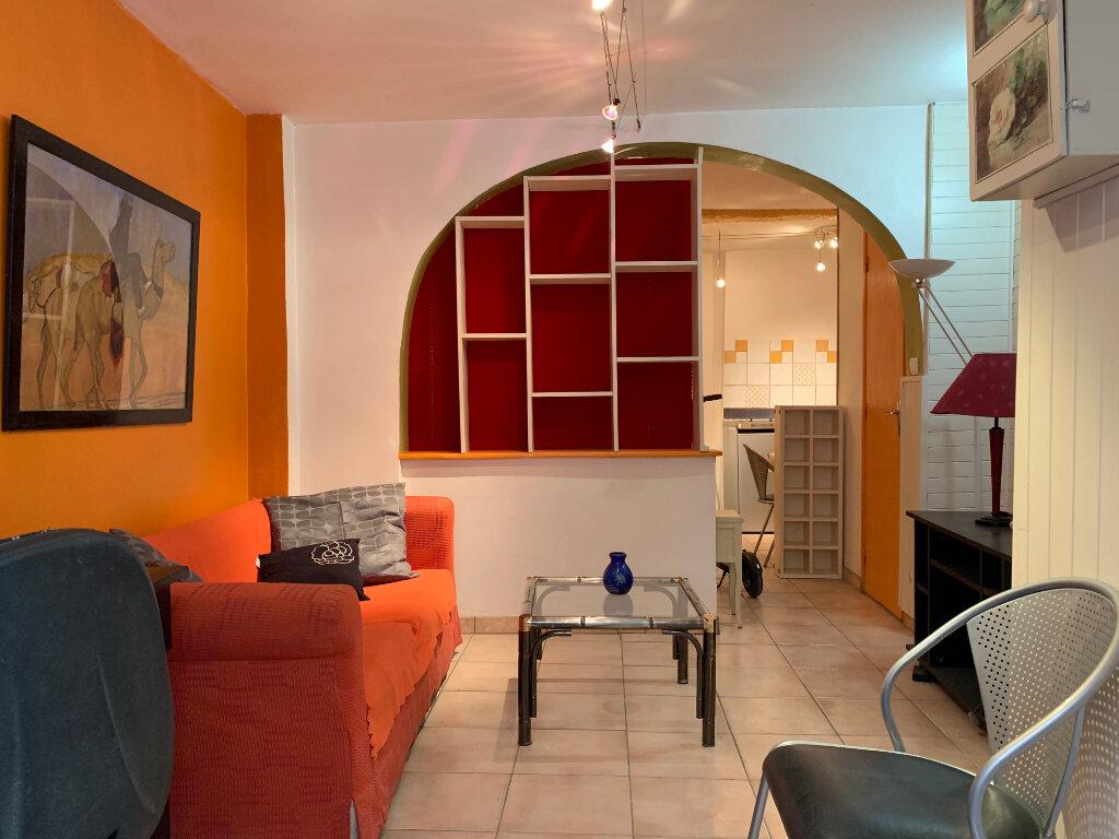 Appartement à louer 1 26.66m2 à Montpellier vignette-1