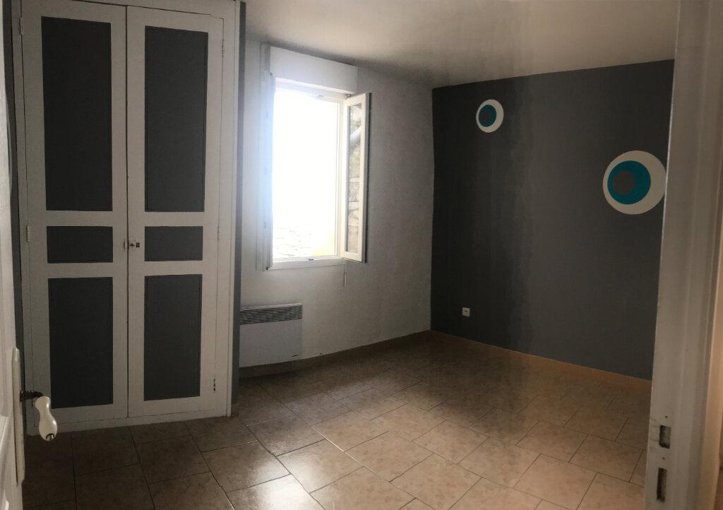 Appartement à louer 3 63m2 à Saussines vignette-8