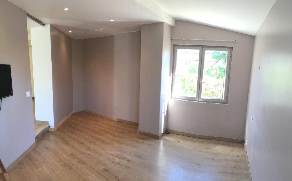 Appartement à louer 3 79.34m2 à Saint-Gély-du-Fesc vignette-4