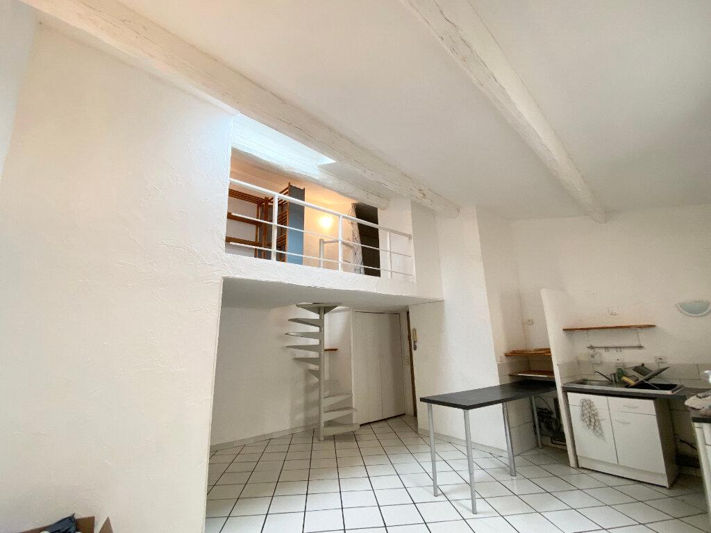 Appartement à louer 1 38m2 à Montpellier vignette-4
