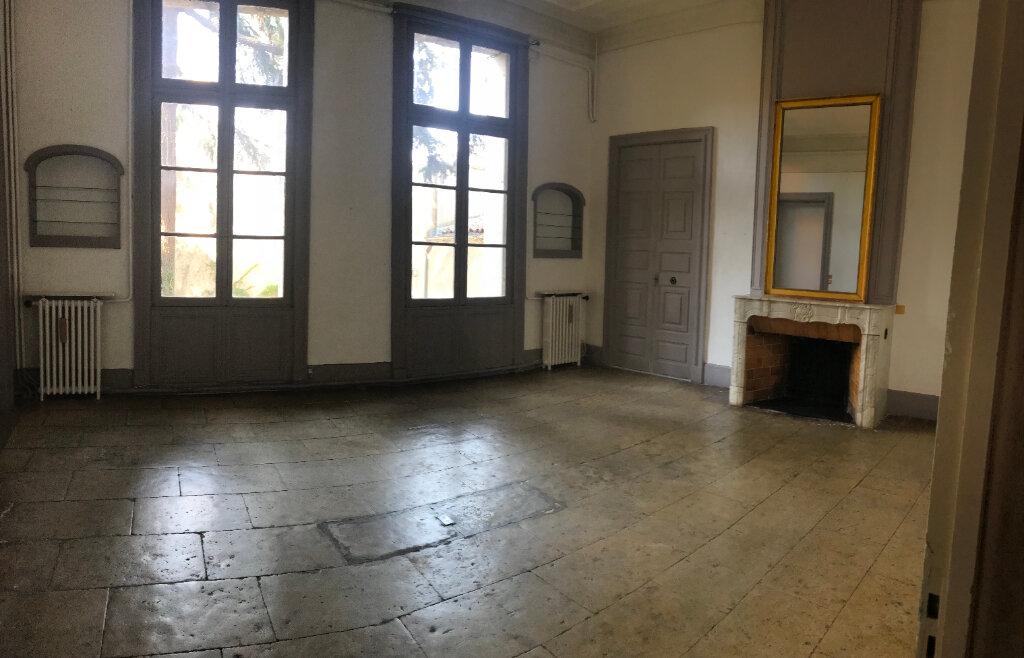 Appartement à louer 4 149m2 à Montpellier vignette-3
