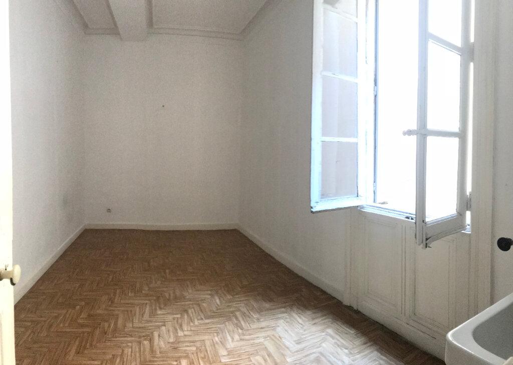 Appartement à louer 4 149m2 à Montpellier vignette-7