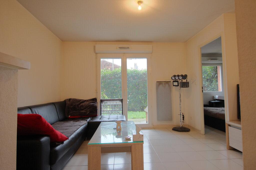 Appartement à vendre 2 34m2 à Saint-Paul-sur-Save vignette-1