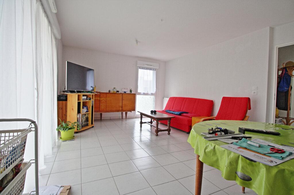 Appartement à vendre 3 63m2 à Toulouse vignette-3
