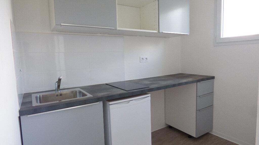 Appartement à louer 1 33m2 à Toulouse vignette-4