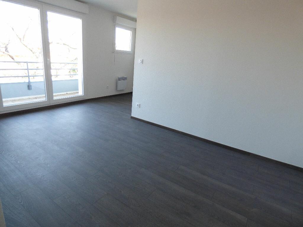 Appartement à louer 1 33m2 à Toulouse vignette-5