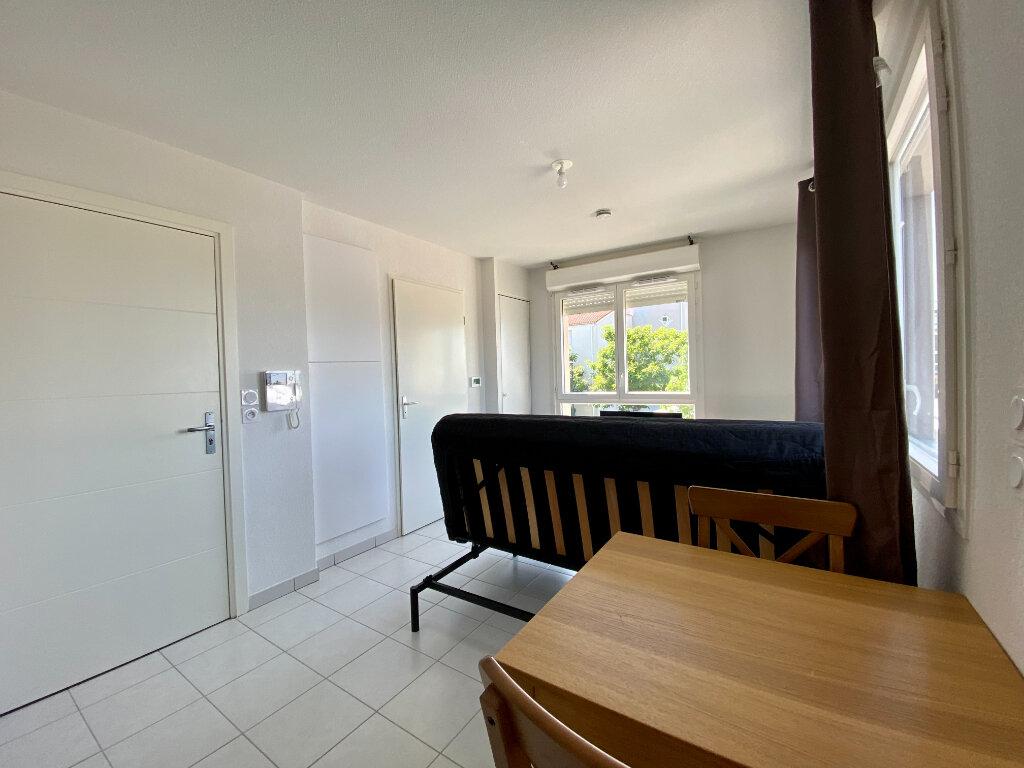 Appartement à louer 1 20m2 à Toulouse vignette-4