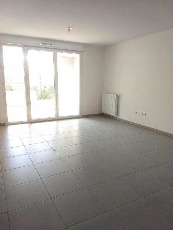 Appartement à louer 3 60.87m2 à Tournefeuille vignette-2