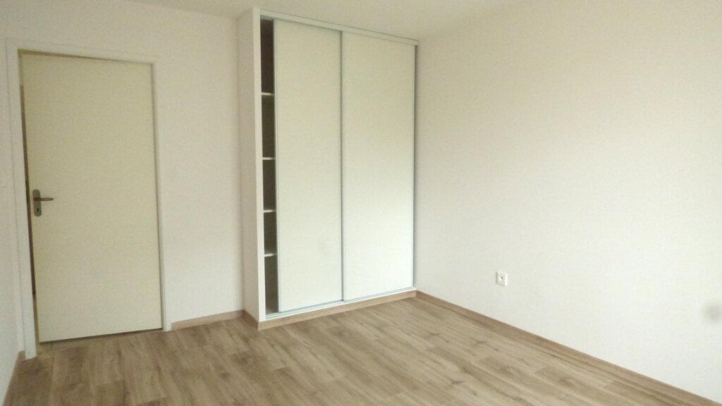 Appartement à louer 3 60.87m2 à Tournefeuille vignette-8