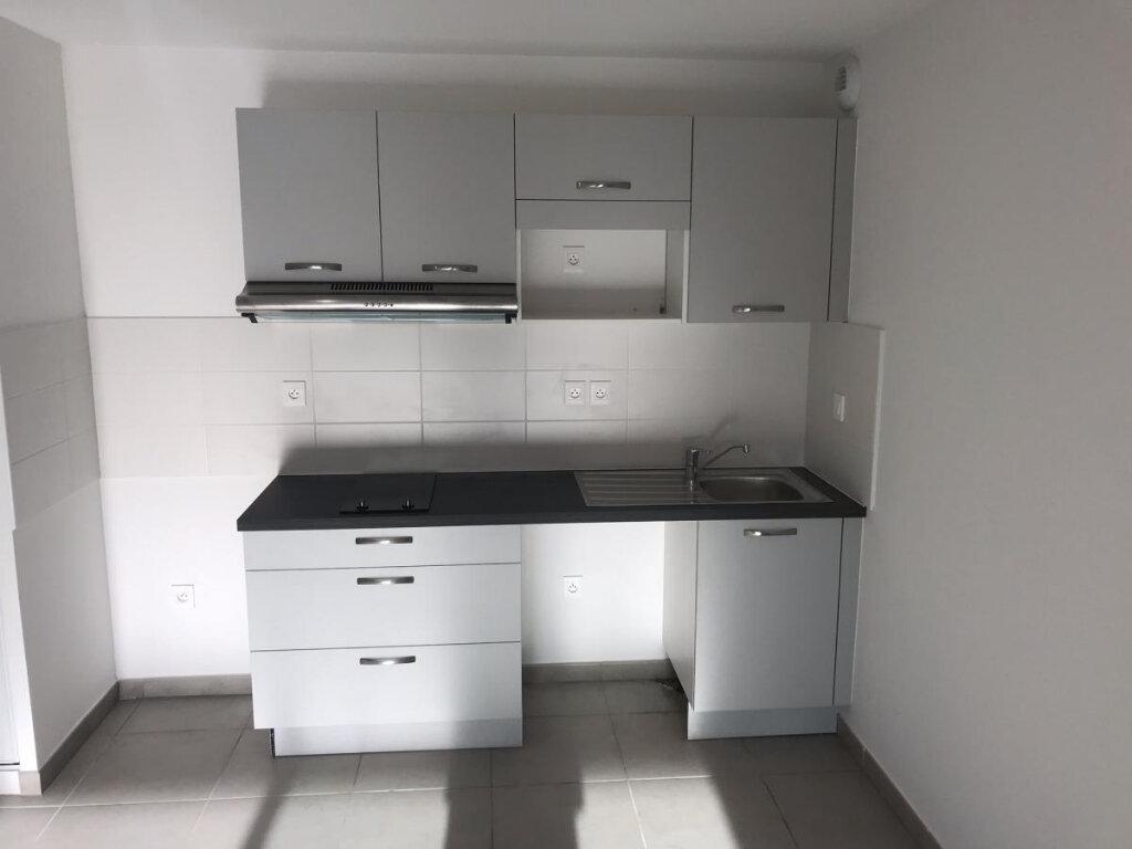 Appartement à louer 3 60.87m2 à Tournefeuille vignette-11