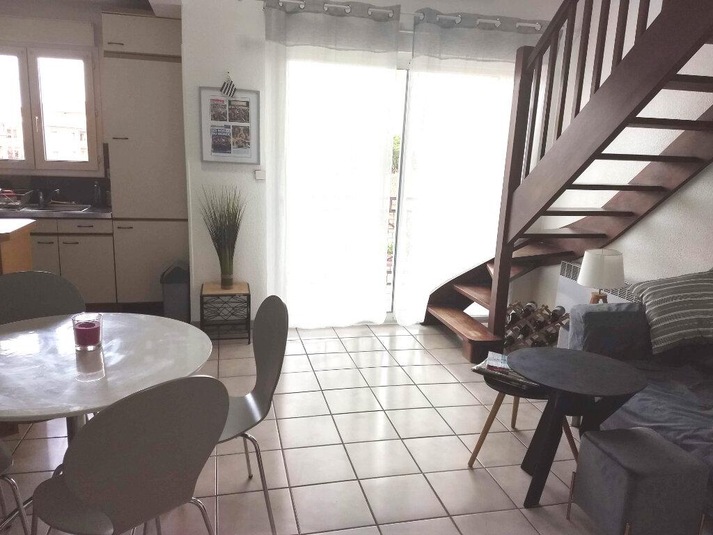 Appartement à louer 2 49m2 à Tournefeuille vignette-2