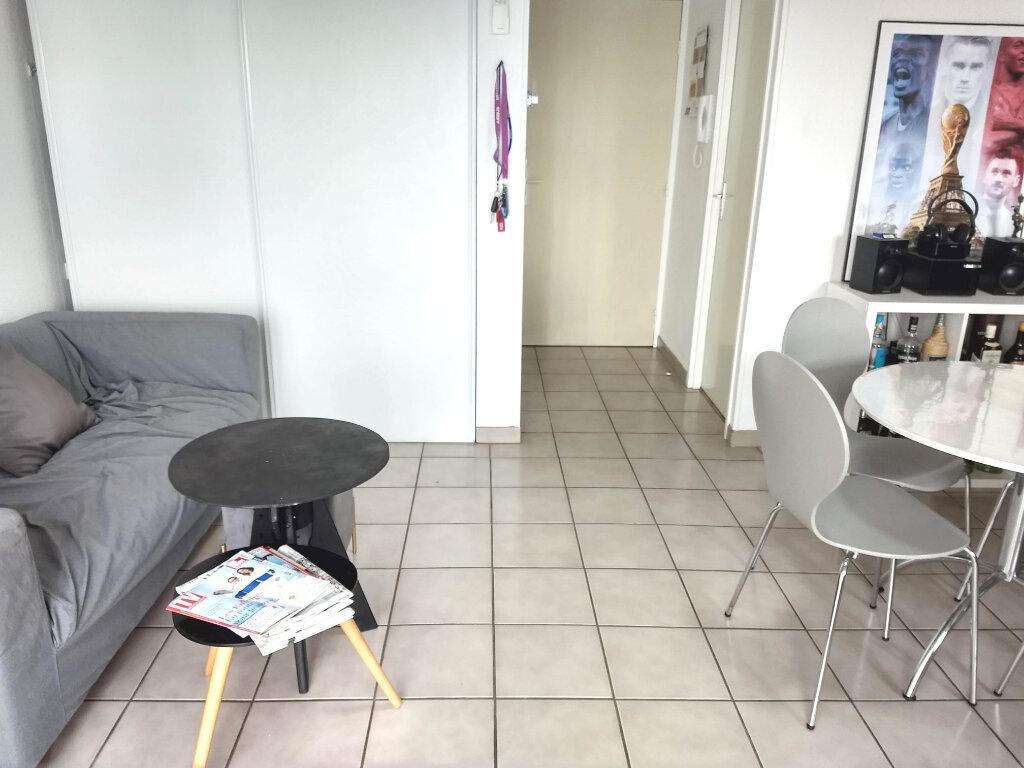 Appartement à louer 2 49m2 à Tournefeuille vignette-5