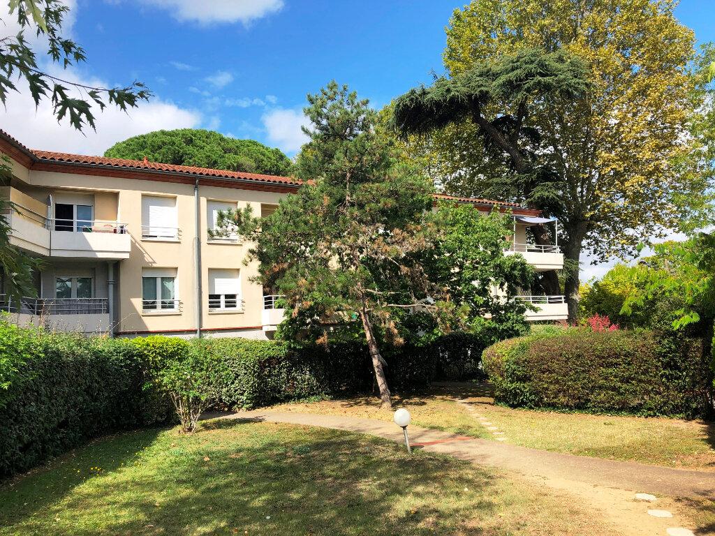 Appartement à louer 2 30m2 à Tournefeuille vignette-1