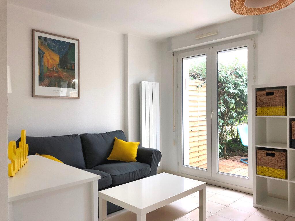 Appartement à louer 2 30m2 à Tournefeuille vignette-2
