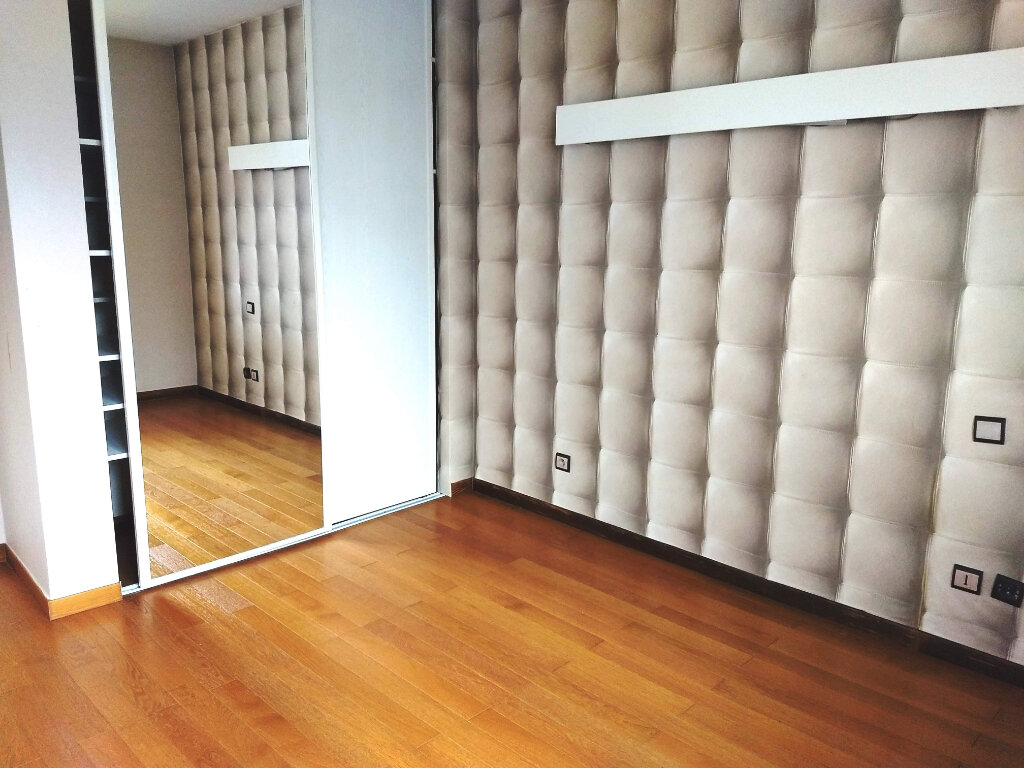 Maison à louer 5 105m2 à Blagnac vignette-3