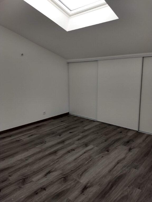 Appartement à louer 4 83.8m2 à Tournefeuille vignette-7