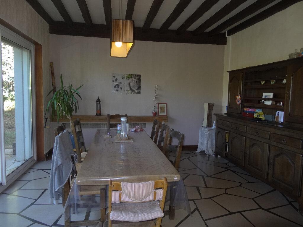 Maison à louer 7 215m2 à Saint-Genis-Laval vignette-5