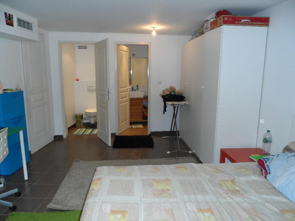 Maison à louer 6 150m2 à Sainte-Foy-lès-Lyon vignette-7