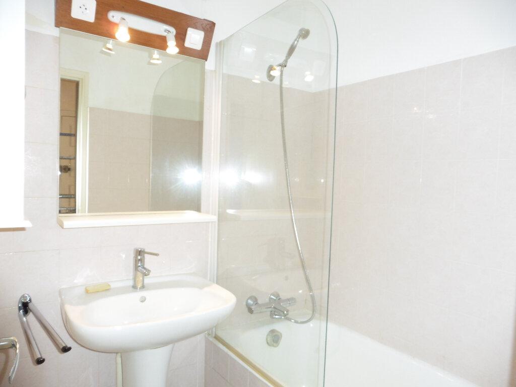 Appartement à louer 2 47.02m2 à Irigny vignette-5