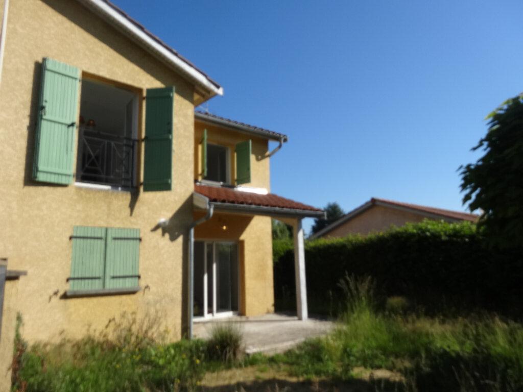Maison à louer 5 101m2 à Châtillon-sur-Chalaronne vignette-1