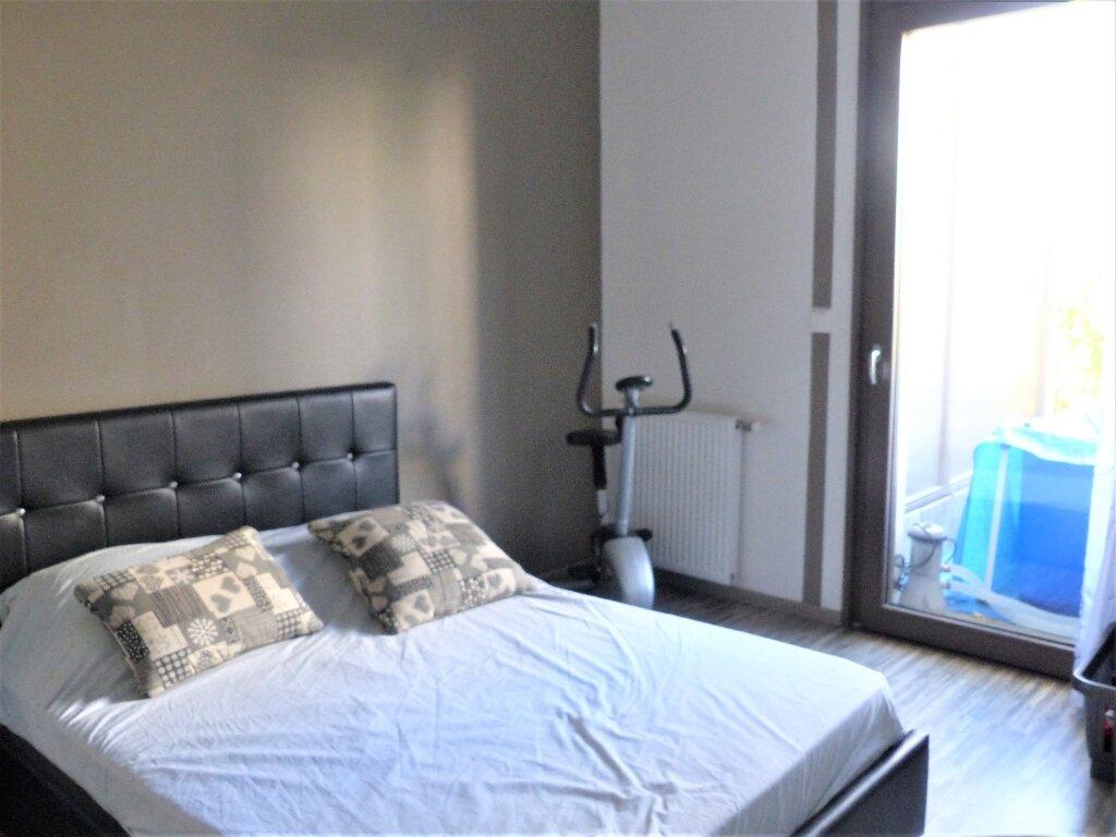 Appartement à vendre 4 81.29m2 à Lyon 9 vignette-3
