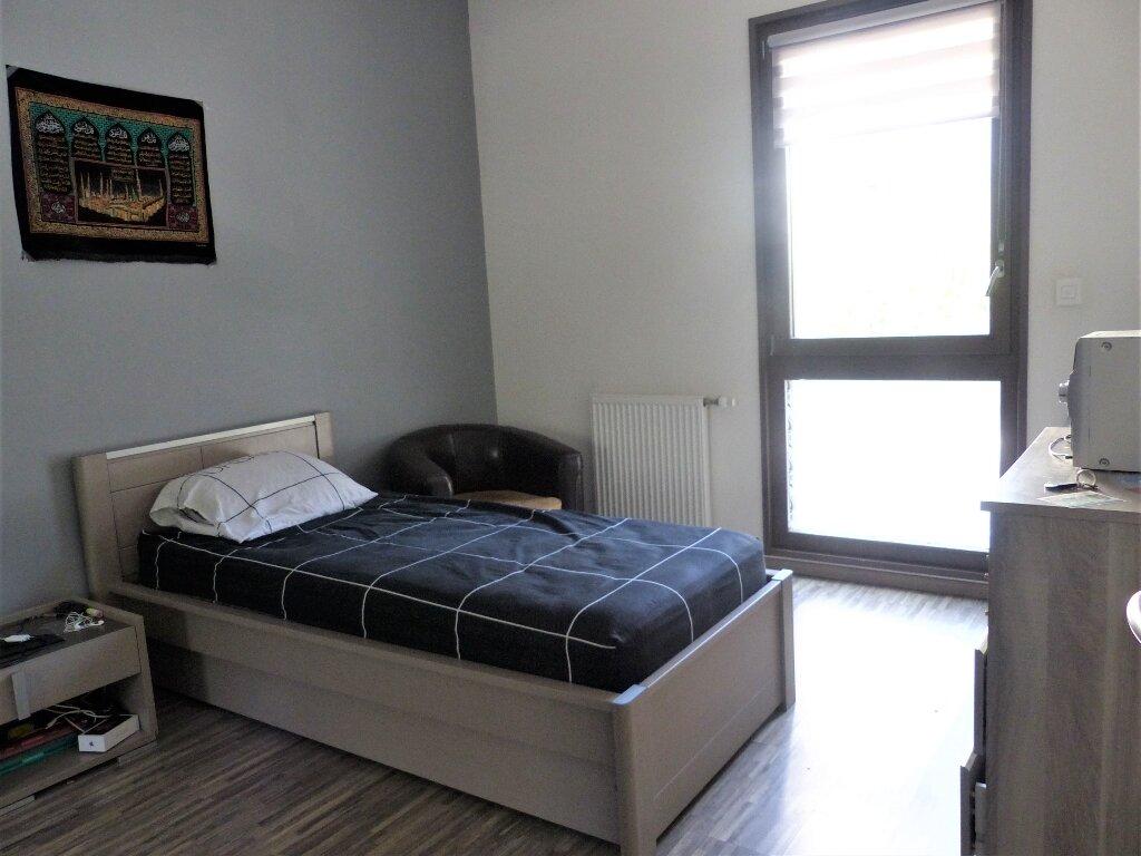 Appartement à vendre 4 81.29m2 à Lyon 9 vignette-5