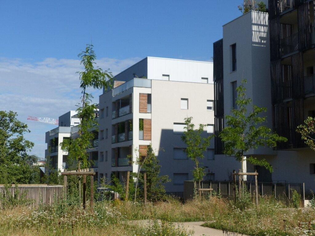 Appartement à vendre 4 81.29m2 à Lyon 9 vignette-8