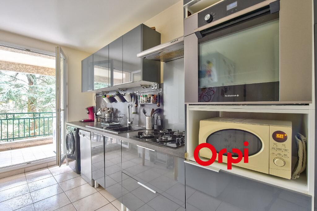 Appartement à vendre 4 79m2 à Rillieux-la-Pape vignette-4