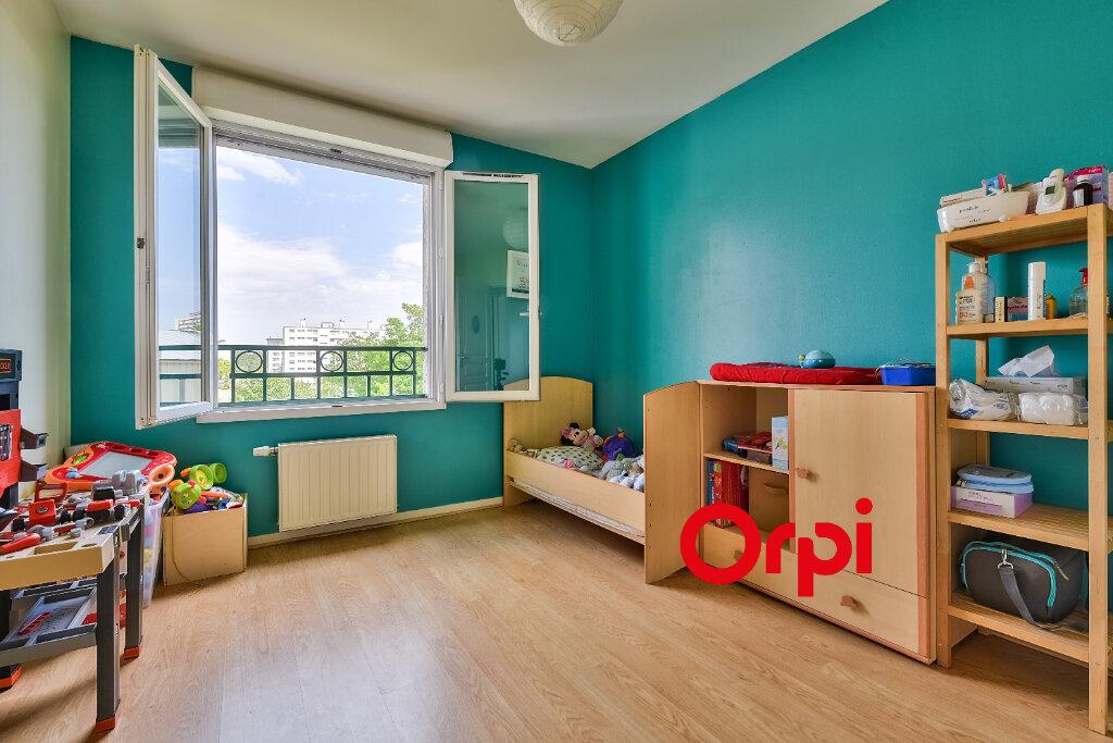 Appartement à vendre 4 79m2 à Rillieux-la-Pape vignette-7