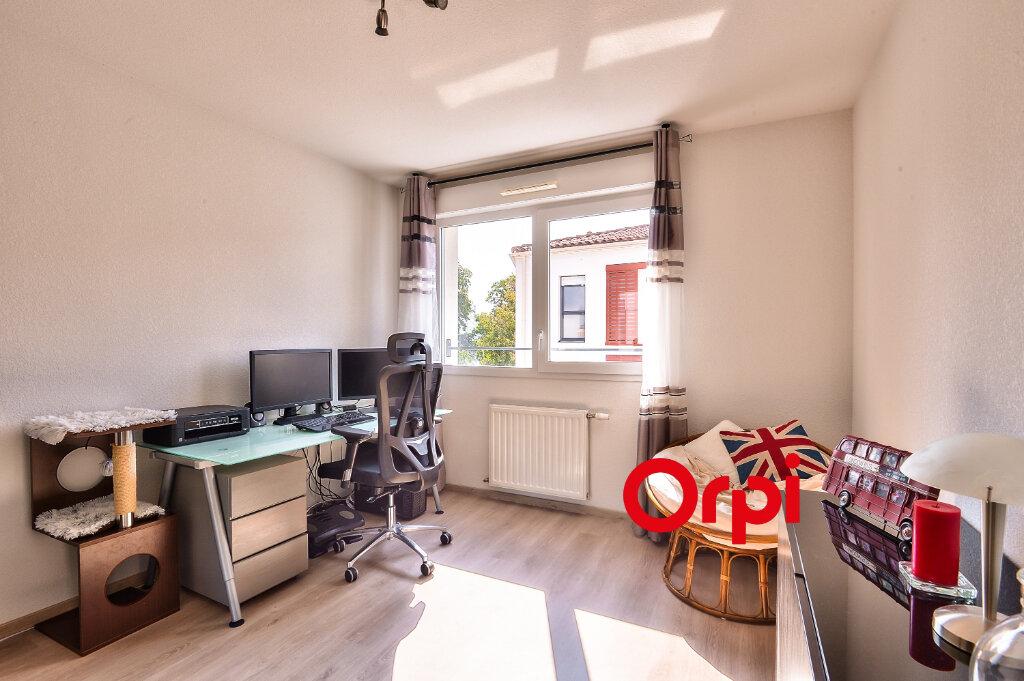 Appartement à vendre 3 54m2 à Rillieux-la-Pape vignette-5