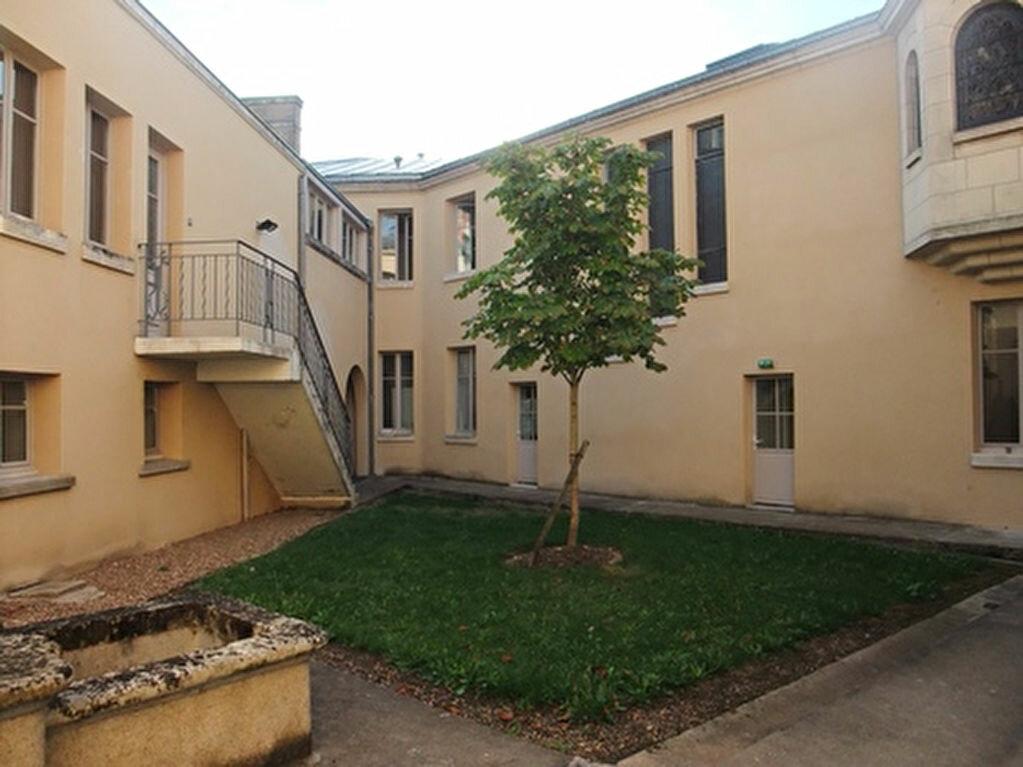Appartement à louer 2 42m2 à Blois vignette-3