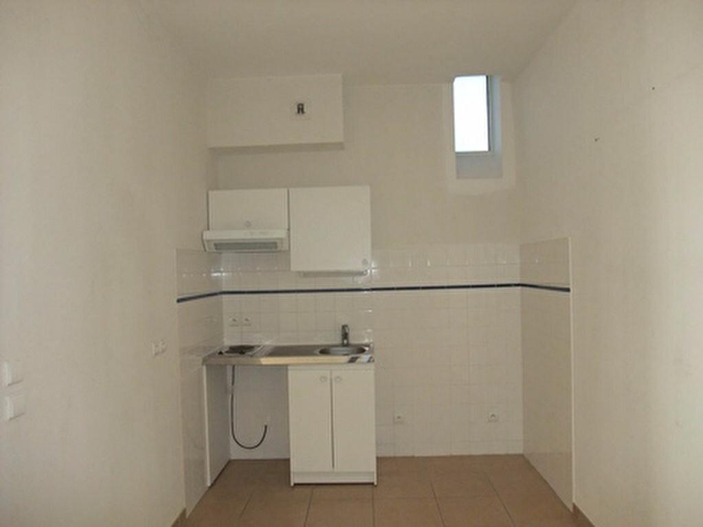 Appartement à louer 2 50m2 à Blois vignette-5