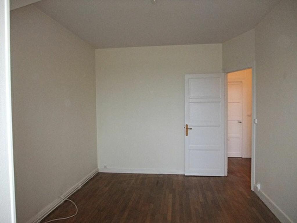 Appartement à louer 2 47m2 à Blois vignette-3